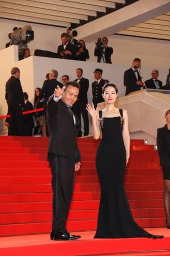 田永成与女明星刘敏涛在戛纳红毯