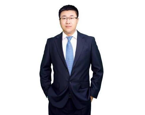 大连爱德丽格医疗美容院长刘志刚教授