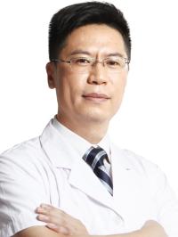 倪俊鑫主任——牙齿矫正之烤瓷牙
