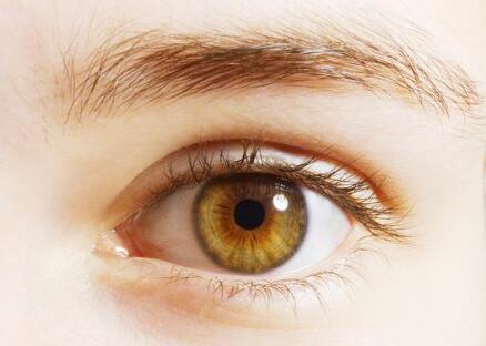 割双眼皮后需要注意什么呢