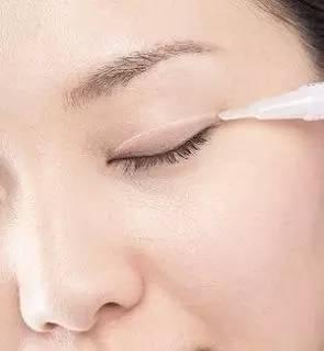 双眼皮贴贴久了会怎样 双眼皮贴的危害有哪些