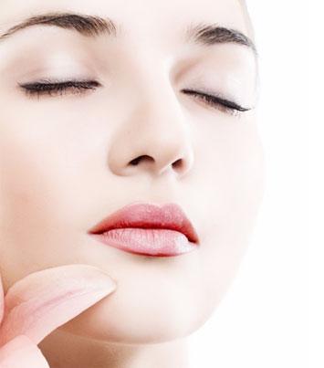 隆鼻后为什么鼻子发红 该怎么治疗