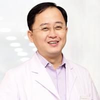 曹阳医生头像