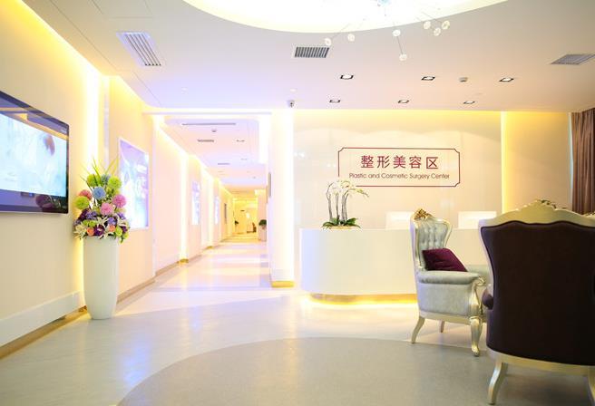 [三级整形外科医院]贵州晶朗眼科医院